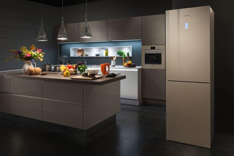 Почему на холодильнике Bosch мигает индикатор температуры