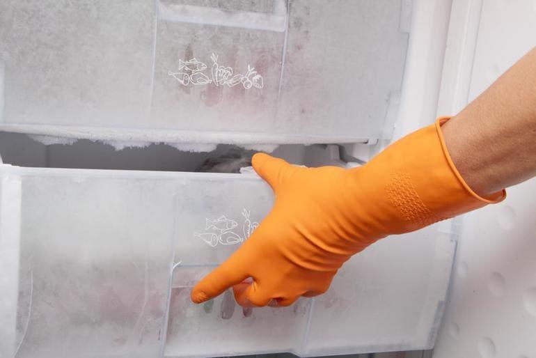 Ручное размораживание морозильной камеры