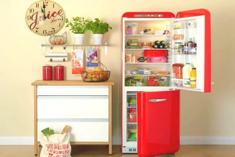 Чем помыть холодильник внутри чтобы уничтожить запах тухлого мяса и отмыть желтизну с грязью