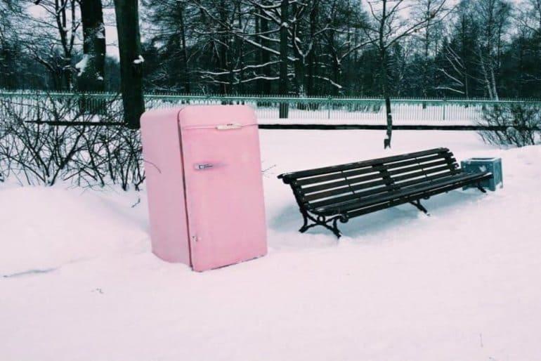 Можно ли включать холодильник на морозе или в неотапливаемом помещении
