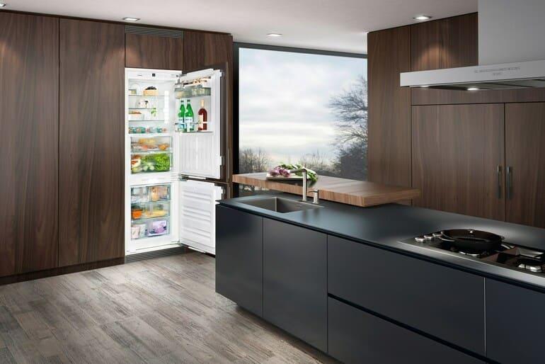 Почему не работает холодильник а морозилка работает